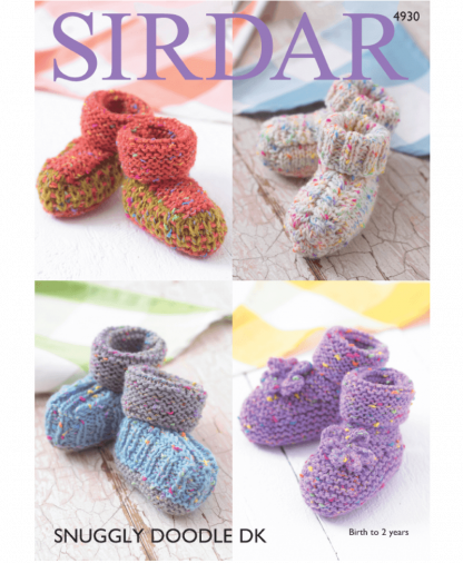 Sirdar 4930 Bootees in Snuggly Doodle DK